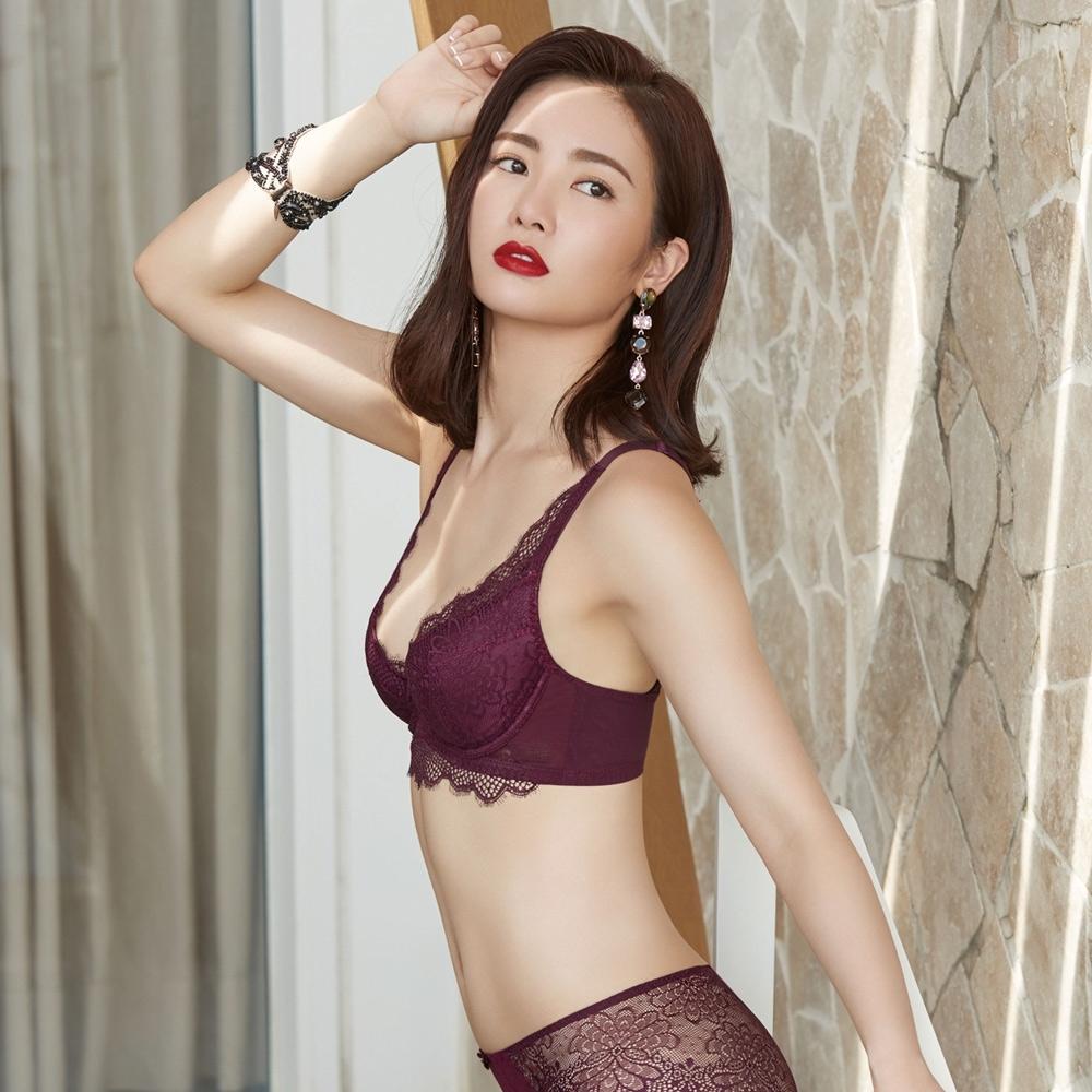 曼黛瑪璉 V極線內衣  B-E罩杯(華麗紫)