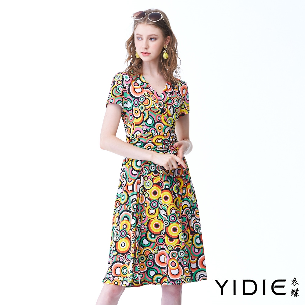 YIDIE衣蝶 撞色亮麗繁圓顯瘦打摺洋裝