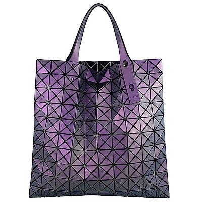 ISSEY MIYAKE 三宅一生BAOBAO 魔幻三角方格10x10透光手提包(紫/中)