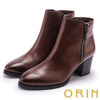 ORIN 流行個性元素 雙側拉鍊素面低跟短靴-咖啡