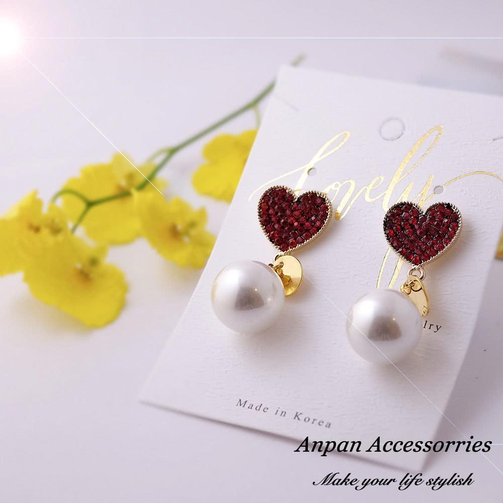 【Anpan 愛扮】韓東大門CHIC復古極簡風心型水鑽珍珠耳釘式耳環-紅