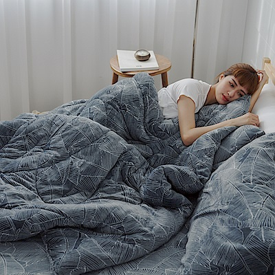 AmissU 北歐送暖法蘭絨雙人床包暖暖被四件組 都會森林