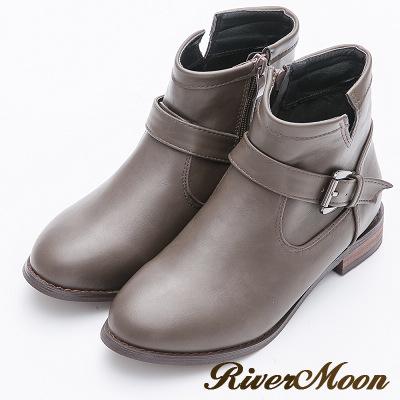 River&Moon大尺碼-金屬釦環側V口低跟短靴-灰棕