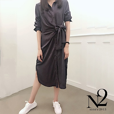 洋裝 正韓緞面金屬光澤綁帶造型襯衫式洋裝(灰藍) N2