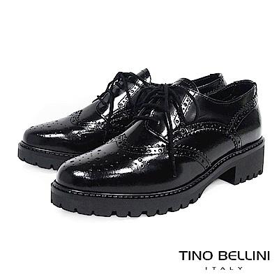 Tino Bellini 義大利進口臘感皮革品味雕花中跟牛津鞋 _ 黑