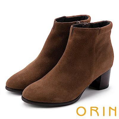 ORIN 經典儁永 素面牛麂皮粗跟踝靴-棕色