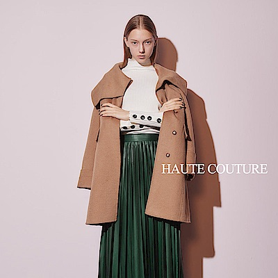 Haute Couture 高定系 精緻100%羊毛呢大翻領長版造型外套-暖柔沙色