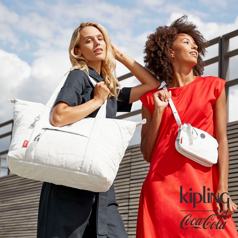 Kipling | Coca-Cola 聯名款空氣感岩石灰手提側背包-ART M