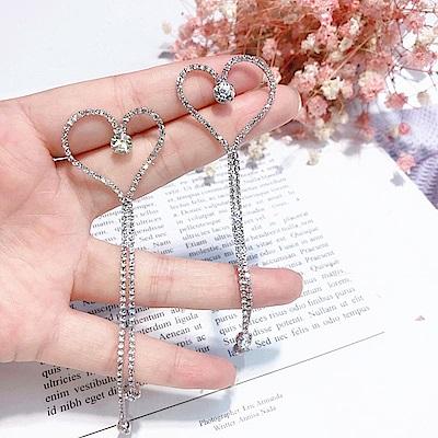 梨花HaNA 韓國夢幻時刻愛心鑲鑽長流蘇耳環 (共二色)