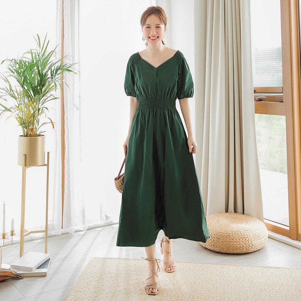 純色高含棉排釦大V領腰身傘擺長洋裝-OB嚴選