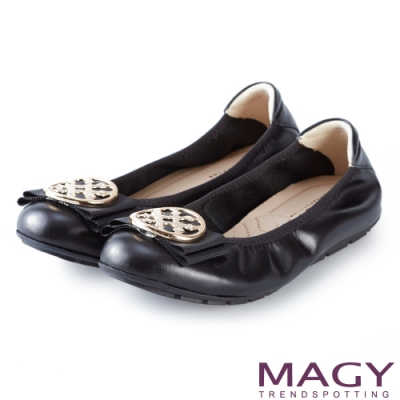 MAGY 甜美舒適 金屬造型飾扣鬆緊帶牛皮娃娃鞋-黑色