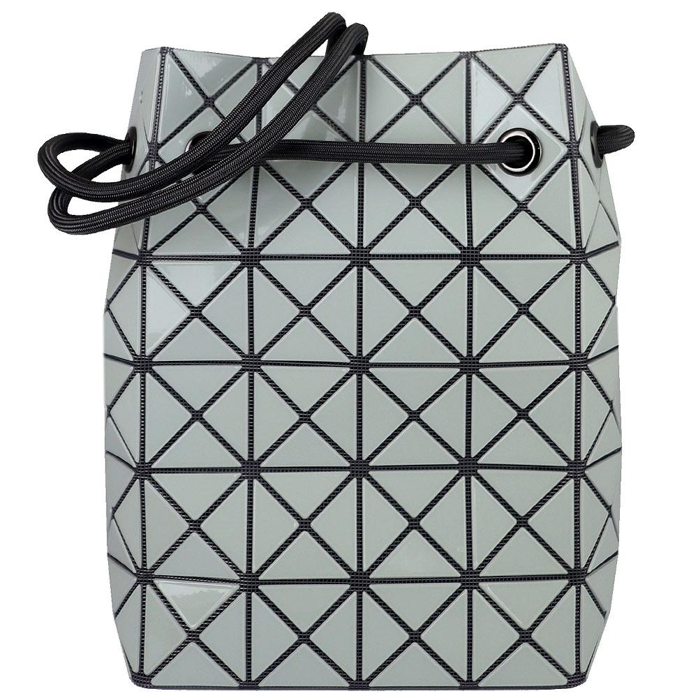 ISSEY MIYAKE 三宅一生BAOBAO 亮面三角方格6x6小型水桶包(灰白)