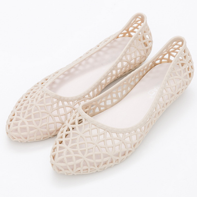 River&Moon雨鞋-韓版鳥巢洞洞尖頭防水膠鞋-米杏