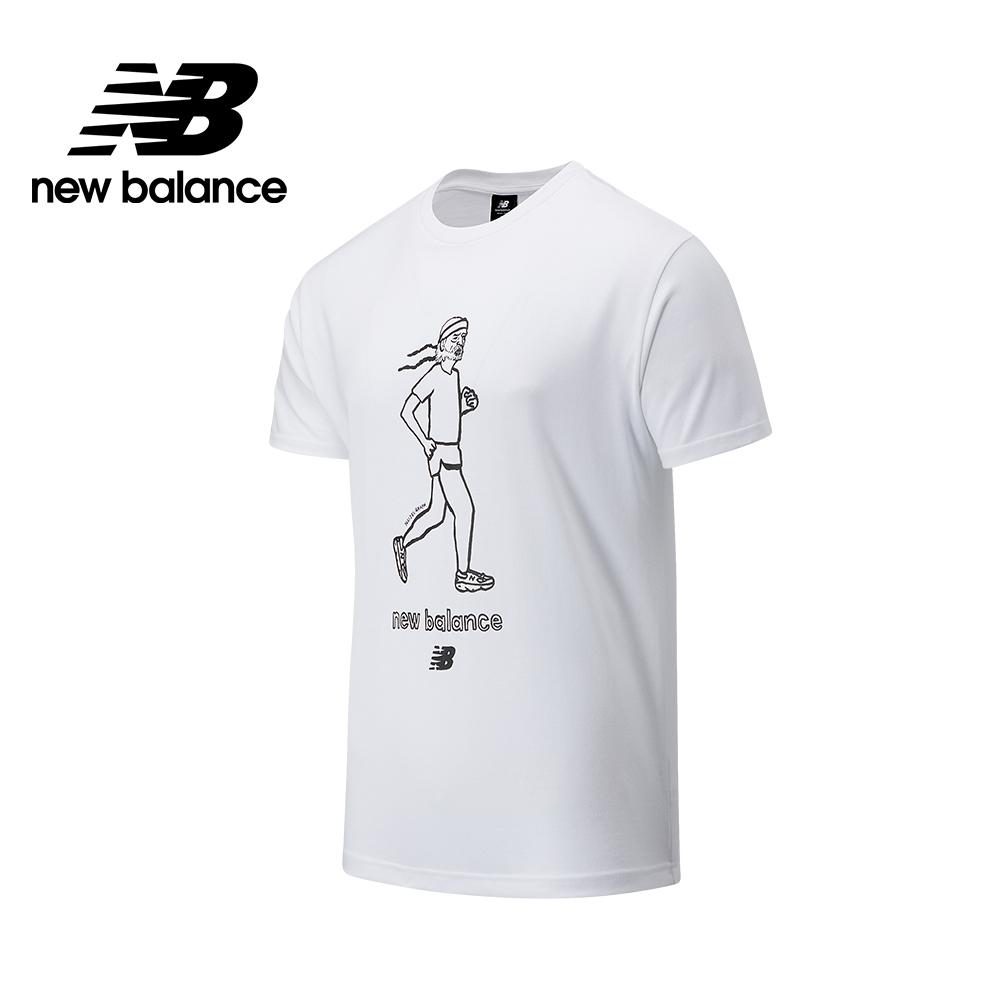 【New Balance】插畫聯名老爺爺短袖Tee_中性_白色_AMT03521WT