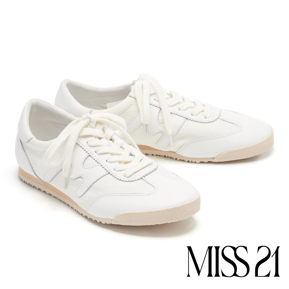 休閒鞋 MISS 21 美式復古M字拼接綁帶休閒鞋-白