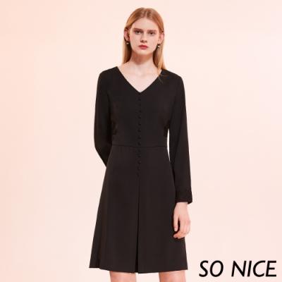 SO NICE優雅排釦蕾絲拼接洋裝