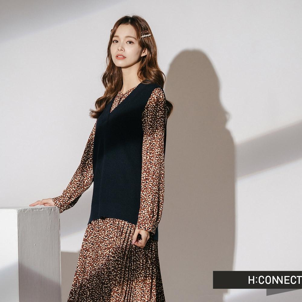 H:CONNECT 韓國品牌 女裝-兩件式小花百摺洋裝-棕