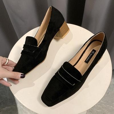KEITH-WILL時尚鞋館 歡樂單品簡約優雅素面方頭粗跟鞋-黑