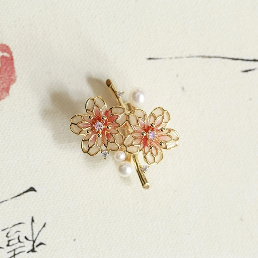 東方美學淡水珍珠樹脂釉彩工藝桃花胸針吊墜-設計所在