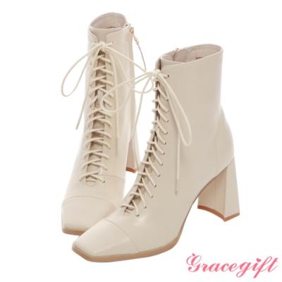 Grace gift X Kerina-聯名方頭綁帶高跟短靴 米白