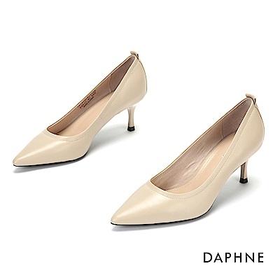 達芙妮DAPHNE 高跟鞋-質感羊皮尖頭高跟鞋-杏