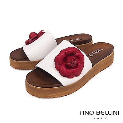 Tino Bellini 義大利進口盛開繁花厚底涼拖鞋 _ 白