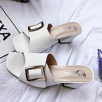 KEITH-WILL時尚鞋館 甜心精緻花朵粗跟鞋-白色