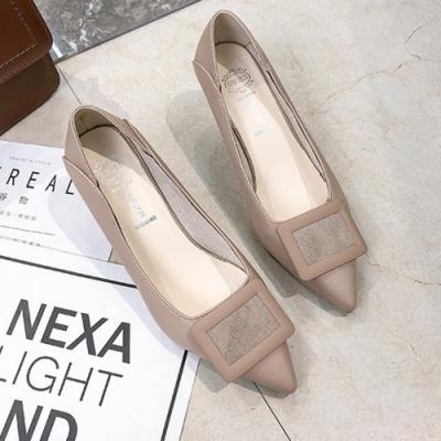 KEITH-WILL時尚鞋館 好評加碼方扣尖頭細跟鞋-米