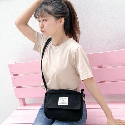 I FUN 現+預 清新單肩斜跨帆布包-3色