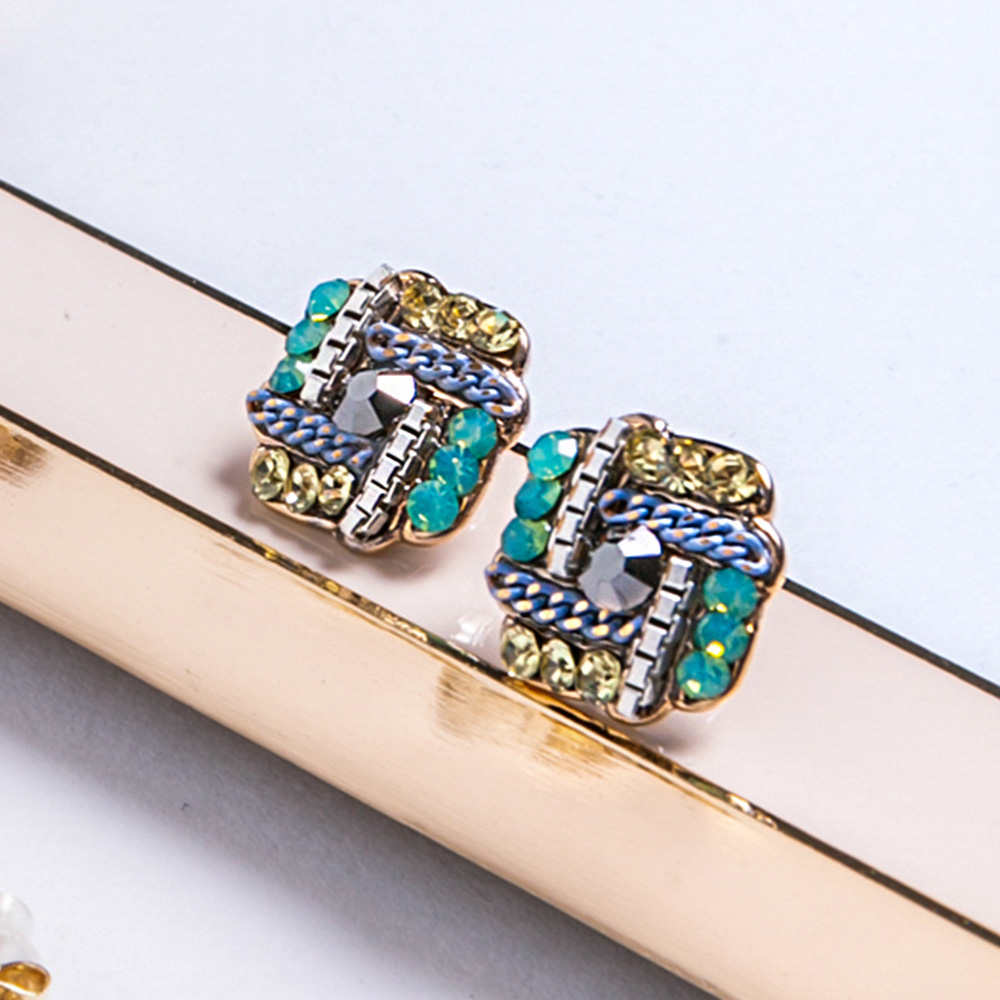 Prisme美國時尚飾品 編織造型水鑽 金色耳環 耳針式