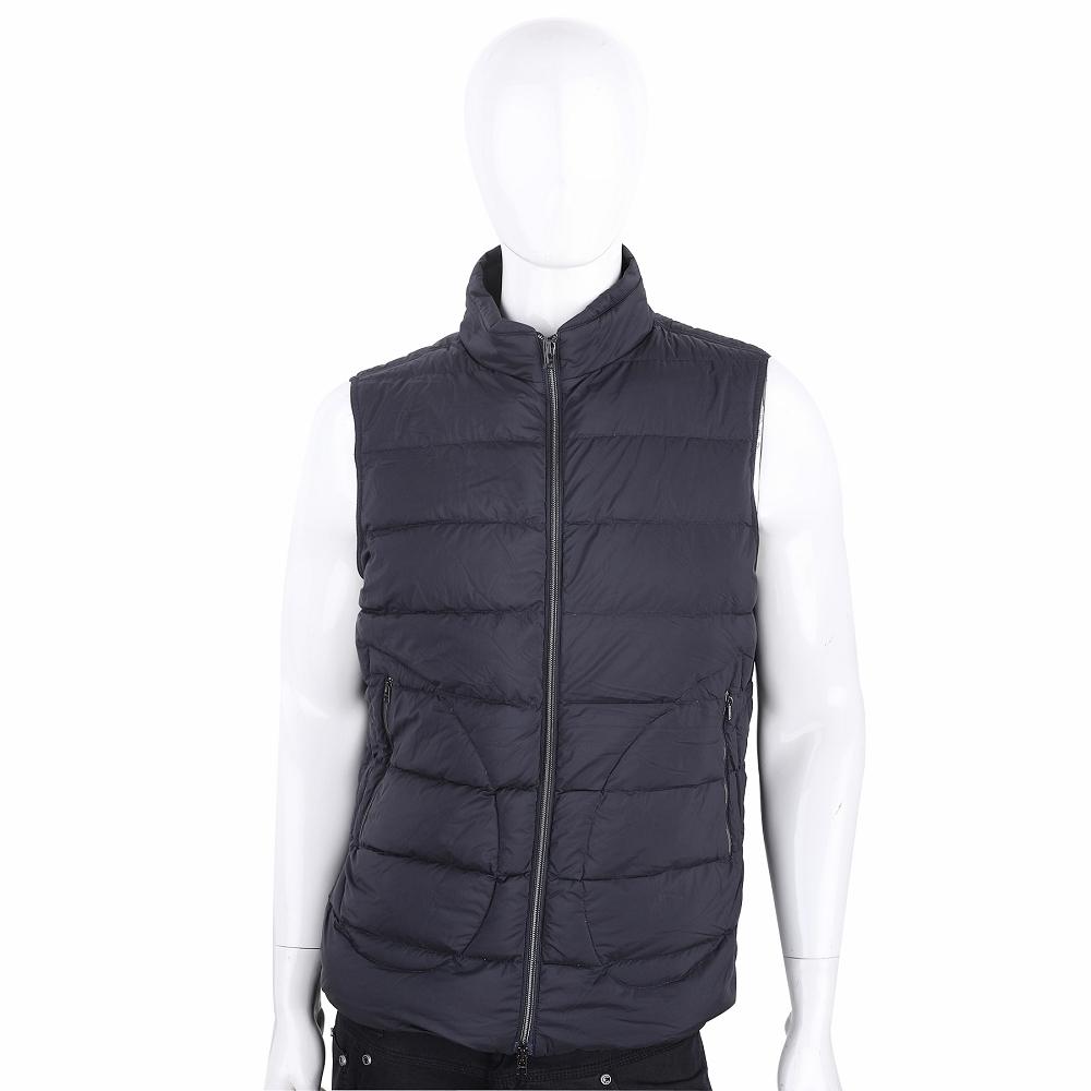 HERNO 可收納式黑色立領縫線輕羽絨背心(男款)