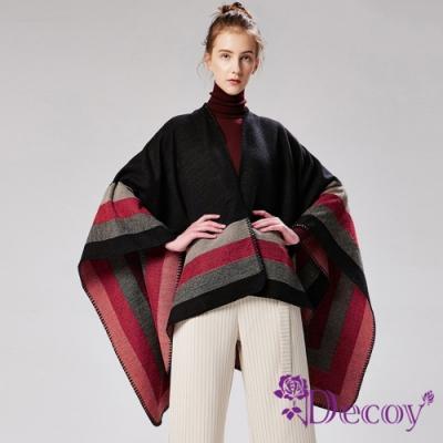 Decoy 乍現紅光 條紋加大保暖斗篷式披肩 黑紅
