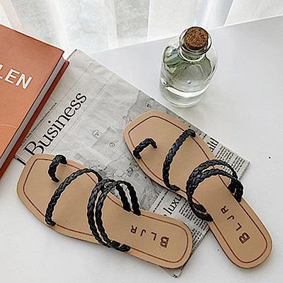 韓國KW美鞋館 女神同款雙色百搭平底拖鞋-黑色