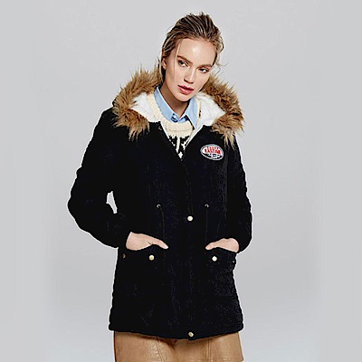 【KISSDIAMOND】超保暖收腰羊羔絨長版連帽外套黑色