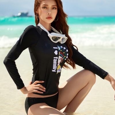 Biki比基尼妮泳衣,臉譜長袖泳衣泳裝二件式泳衣M-XL(長袖上衣+三角褲)