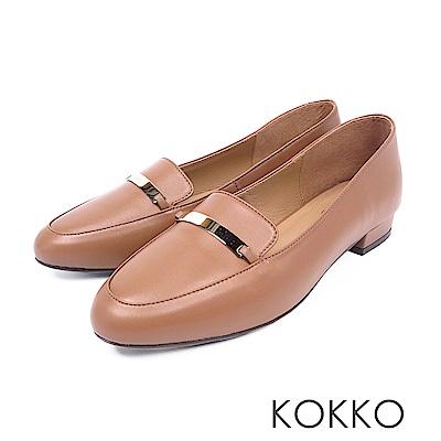 KOKKO - 輕盈休閒方頭彎折真皮平底鞋-焦糖拿鐵