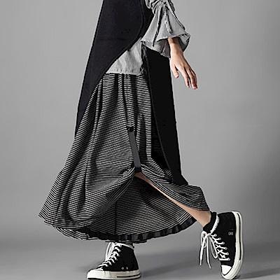 毛圈棉細條紋寬襬造型褲裙-(共二色)Andstyle