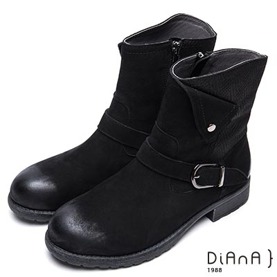 DIANA 簡約率性-方釦反摺編織紋拼接真皮工程靴-黑