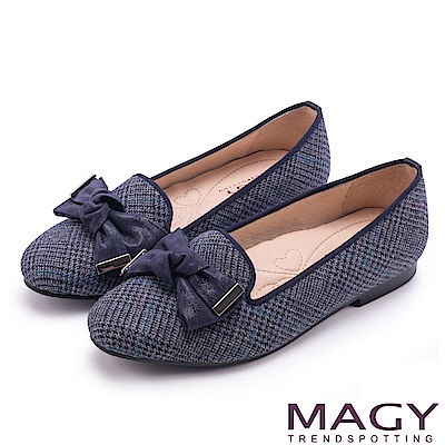 MAGY 復古上城女孩 質感格紋布扭結蝴蝶結樂福鞋-藍色