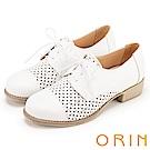 ORIN 復古潮流 趣味簍空綁帶牛皮低跟鞋-白色