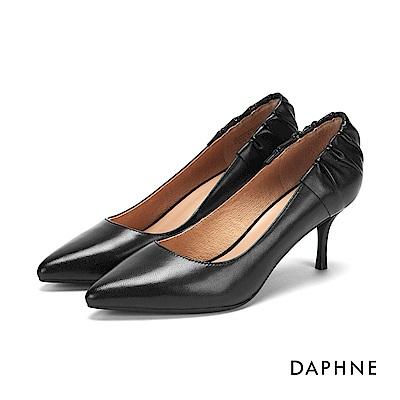 達芙妮DAPHNE 高跟鞋-皺摺花苞真皮細高跟鞋-黑