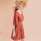 AIR SPACE LADY V領五分袖排釦洋裝(磚紅)