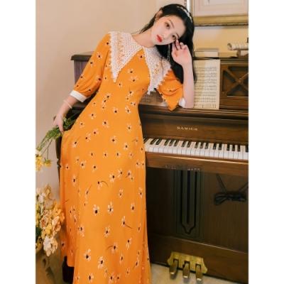 橘黃復古蕾絲大尖領小花收腰洋裝S-L-維拉森林
