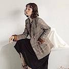 復古格紋雙排釦反褶袖口長袖西裝外套-OB大尺碼