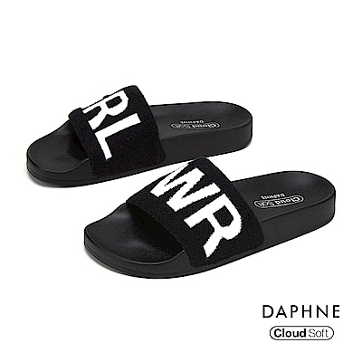 達芙妮DAPHNE 涼鞋-潮流字母印花舒適拖鞋-黑色