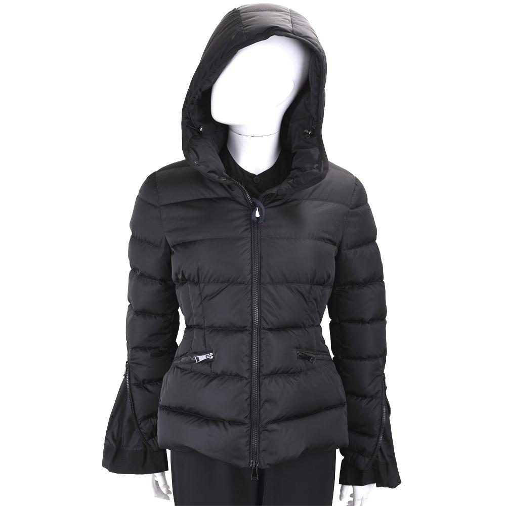 MONCLER 黑色絎縫腰身連帽羽絨外套(女款)