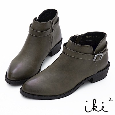 iki2 簡約素面帶釦尖頭短靴-墨綠