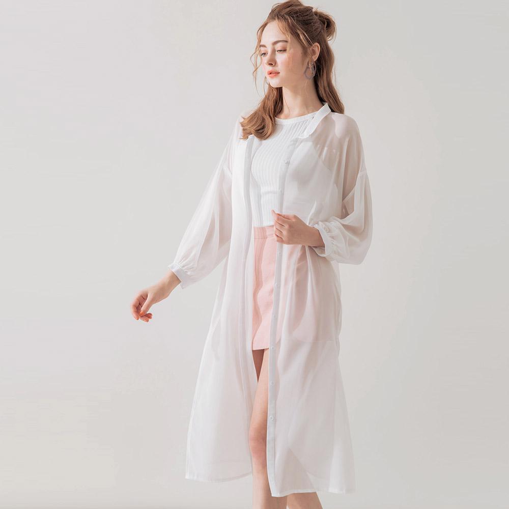 AIR SPACE 透肌感雪紡開衩長版襯衫外套(白)