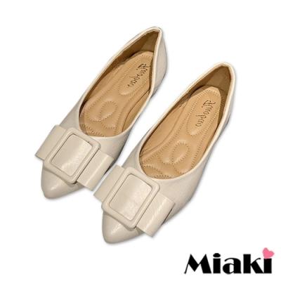 Miaki-娃娃鞋素面方扣低跟平底鞋-米