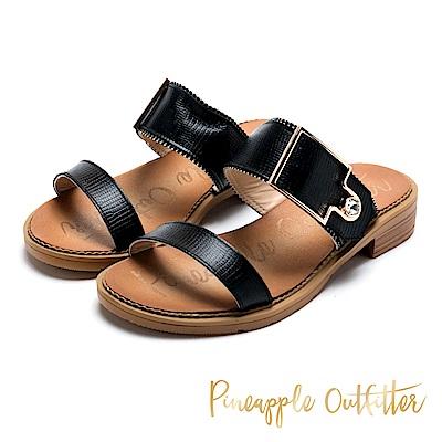 Pineapple Outfitter 時髦涼夏 金屬扣水鑽寬版牛皮拖鞋-黑色